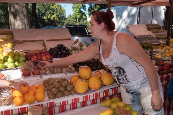 At the market 3